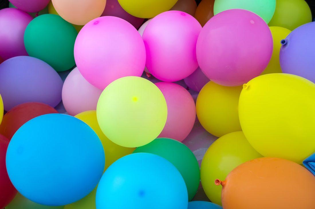 Palloncini ripieni di caramelle