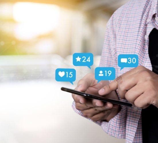 Giovani e social network, regole d'uso per genitori e figli