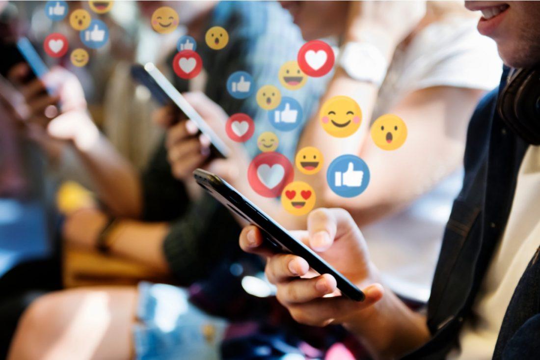 Emoticon e comunicazione degli adolescenti. Uso e significato.